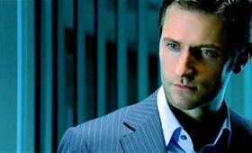 Richard Armitage als Lucas North - Bild 39