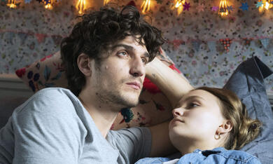 A Faithful Man mit Louis Garrel und Lily-Rose Depp - Bild 1