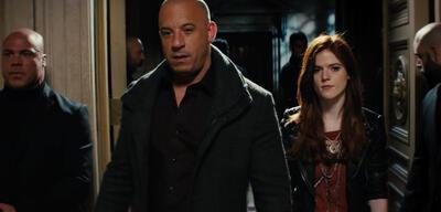 Vin Diesel und Rose Leslie in The Last Witch Hunter