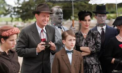 Fido - Gute Tote sind schwer zu finden mit Carrie-Anne Moss und Dylan Baker - Bild 8