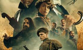 The King's Man - The Beginning mit Ralph Fiennes, Gemma Arterton, Djimon Hounsou, Rhys Ifans, Tom Hollander und Harris Dickinson - Bild 10