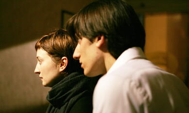 Alice (Alba Rohrwacher) und Mattia (Luca Marinelli) © Copyright: NFP / Bavaria Pictures, Simone Martinetto  - Bild 7