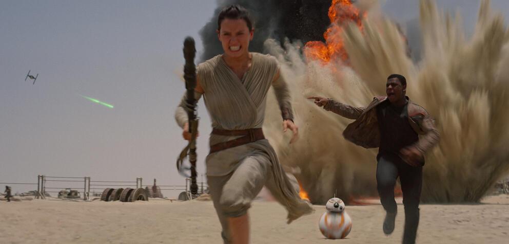 Rey, Finn und BB-8 auf dem Weg ins Kino?