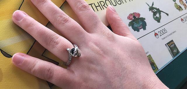 Ein Heiratsantrag ganz im Zeichen vonPokémon