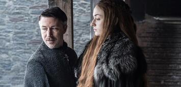 Bild zu:  Game of Thrones - Littlefinger und Sansa