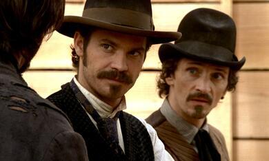 Deadwood mit Timothy Olyphant und John Hawkes - Bild 7