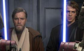 Star Wars: Episode III - Die Rache der Sith mit Ewan McGregor und Hayden Christensen - Bild 18