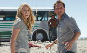 Guns and Girls mit Christian Slater und Helena Mattsson - Bild 2