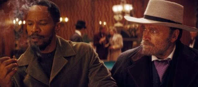 Tarantino schlägt sich selbst.