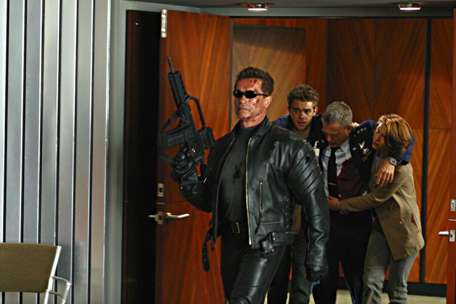Terminator 3 - Rebellion der Maschinen mit Arnold Schwarzenegger, Claire Danes, Nick Stahl und David Andrews