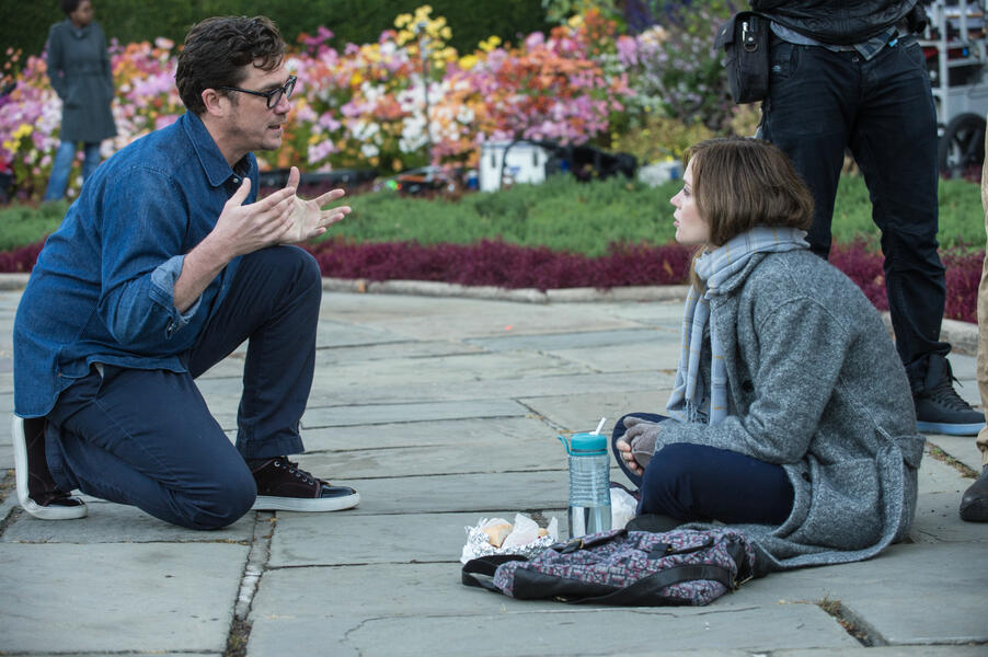 Girl on the Train mit Emily Blunt und Tate Taylor