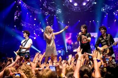 Tennie-Wahnsinn im Jonas Brothers-Universum