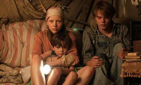 Marrowbone mit Mia Goth, Charlie Heaton und Matthew Stagg - Bild 12