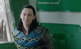 Thor 3: Tag der Entscheidung mit Tom Hiddleston - Bild 14
