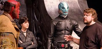 Bild zu:  Guillermo del Toro am Set von Hellboy 2