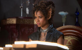 Gugu Mbatha-Raw in Jupiter Ascending - Bild 48