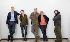 Der Chef ist tot mit Julia Hartmann, Lucas Prisor, Götz Schubert, Petra Kleinert und Daniel Christensen - Bild 26