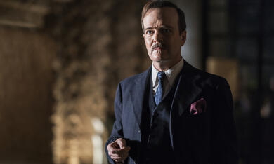 I Am The Night, I Am The Night - Staffel 1 mit Jefferson Mays - Bild 6