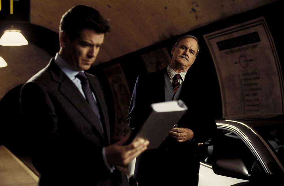 James Bond 007 - Stirb an einem anderen Tag mit Pierce Brosnan und John Cleese