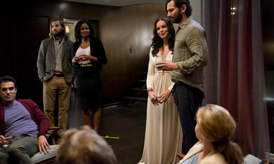 The Invitation mit Michiel Huisman, Logan Marshall-Green und Tammy Blanchard - Bild 9