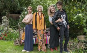 Chaos-Queens - Lügen, die von Herzen kommen mit Mira Bartuschek, Anna König, Tom Gronau und Katharina M. Schubert - Bild 14