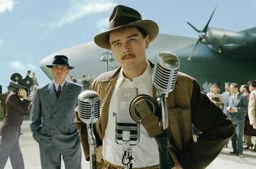 Leonardo DiCaprio als Howard Hughes in Aviator