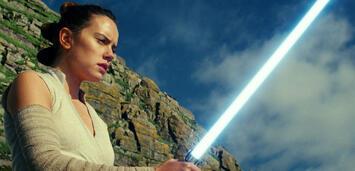 Bild zu:  Daisy Ridley in Star Wars: Die letzten Jedi