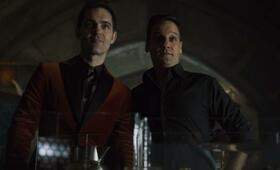 Haus des Geldes - Staffel 3 mit Rodrigo De la Serna und Pedro Alonso - Bild 5