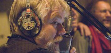 Bild zu:   Philipp Seymour Hoffman in Rock Radio Revolution