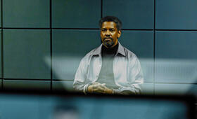 Denzel Washington in Safe House - Bild 180
