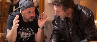 Olivier Megaton & Liam Neeson am Set von Taken 2