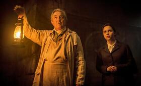Voice from the Stone - Ruf aus dem Jenseits mit Emilia Clarke und Remo Girone - Bild 148