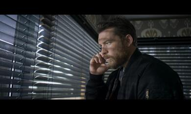Hunter's Prayer mit Sam Worthington - Bild 3