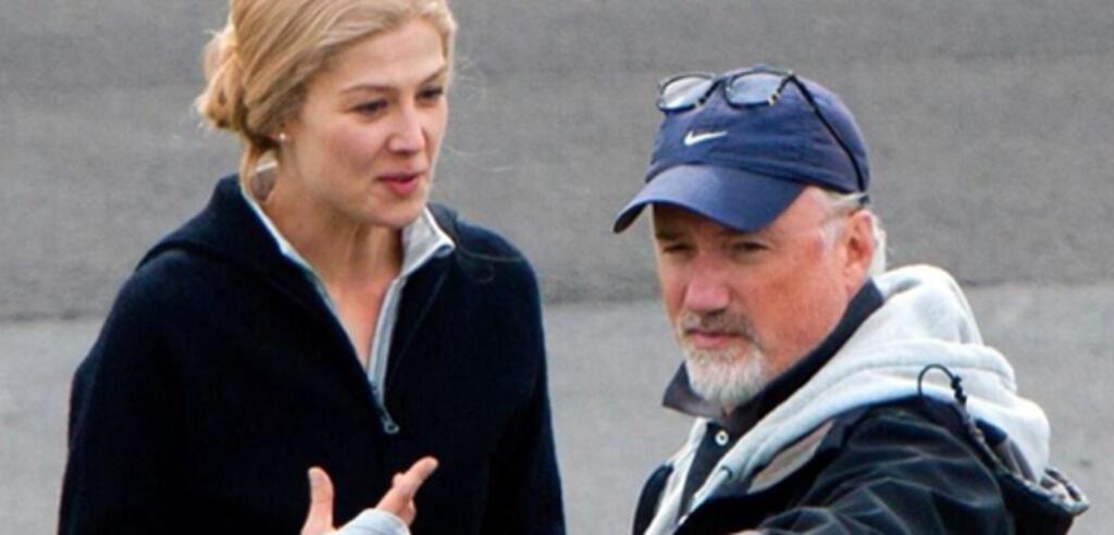 Rosamund Pike & David Fincher am Set von Gone Girl