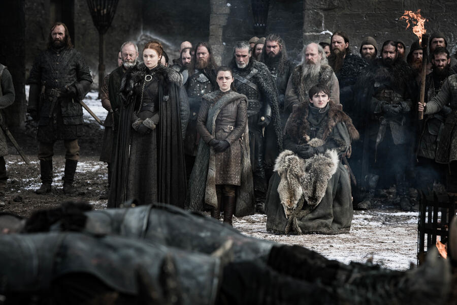 Game of Thrones - Staffel 8, Game of Thrones - Staffel 8 Episode 4 mit Maisie Williams, Sophie Turner, Liam Cunningham, Rory McCann und Isaac Hempstead-Wright