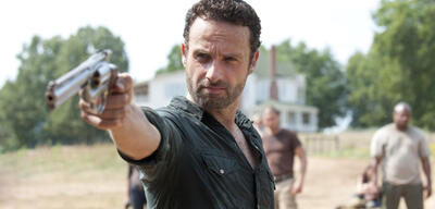 Andrew+lincoln%2c+the+walking+dead+ +amc