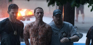 Bild zu:  Sean Harris und Eric Bana in Erlöse uns von dem Bösen