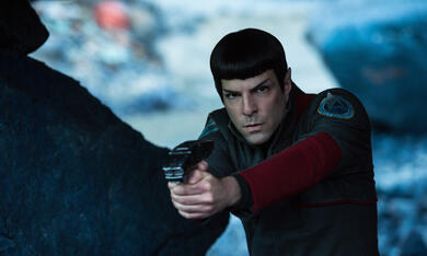 Star Trek Beyond mit Zachary Quinto - Bild 3