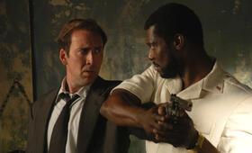 Lord of War - Händler des Todes mit Nicolas Cage und Eamonn Walker - Bild 14