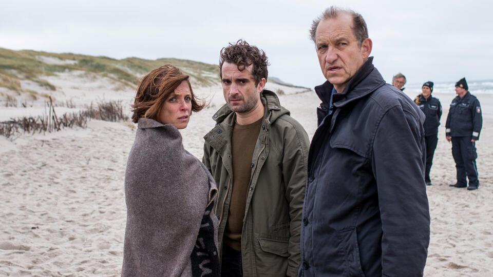 Nord Nord Mord: Sievers und die tödliche Liebe mit Peter Heinrich Brix, Oliver Wnuk und Julia Brendler