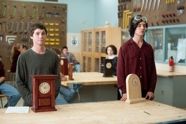 Vielleicht lieber morgen mit Logan Lerman und Ezra Miller
