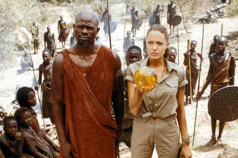 Tomb Raider 2 - Die Wiege des Lebens mit Angelina Jolie und Djimon Hounsou