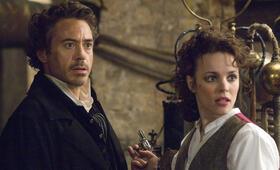 Sherlock Holmes mit Robert Downey Jr. und Rachel McAdams - Bild 10