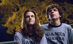 Jesse Eisenberg in Adventureland - Bild 64