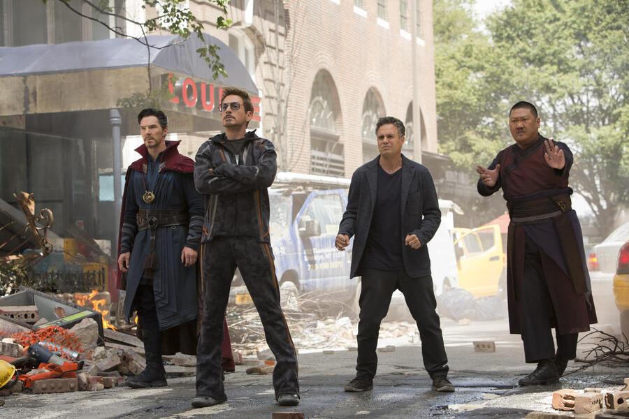 Avengers 3: Infinity War mit Robert Downey Jr., Benedict Cumberbatch, Mark Ruffalo und Benedict Wong