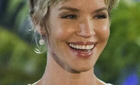 Ashley Scott in UnREAL - Bild 6