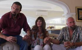 The World Is Yours mit Vincent Cassel, Isabelle Adjani und François Damiens - Bild 3