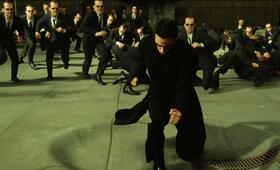 Matrix Reloaded mit Keanu Reeves - Bild 146