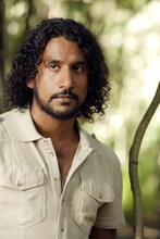 Poster zu Naveen Andrews