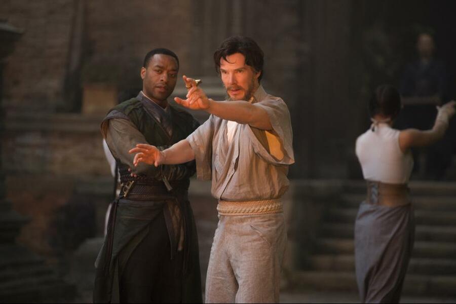 Doctor Strange mit Benedict Cumberbatch und Chiwetel Ejiofor